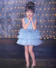 Cute Little Baby Girl, Beautiful Little Girls, Cute Girls, Baby Girl Birthday Dress, Girls Party Dress, Little Girl Dresses, Girls Dresses, Flower Girl Dresses, Cute Toddler Girl Clothes