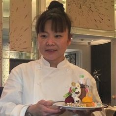 Executive Pastry #Chef @cherishfinden delights with her #Easter #afternoontea at @langham_london. The limited run tea is available from 21-28 March. #langhameastertea by chrisosburn