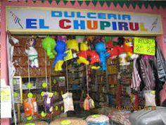 Está es Dulceria El Chupiru. Se vende dulces.