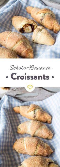 Was ist besser als Schoko-Croissants? Richtig, Schoko-Bananen-Croissants mit Zimt und Zucker. Und die sind ganz schnell in deinem Mund.