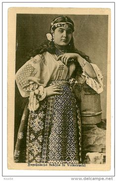 Stamps, coins and banknotes, postcards or any other collectable items are on Delcampe! Embroidery Patterns, Hand Embroidery, Folk Costume, Costumes, Traditional Tattoo Design, Edwardian Fashion, Historical Costume, Dream Dress, Romania