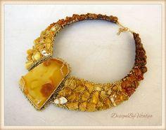 Vitalija Velyviene-- For The Queen Morta Beaded Jewelry Designs, Seed Bead Jewelry, Handmade Jewelry, Unique Jewelry, Amber Earrings, Amber Beads, Amber Jewelry, Bead Embroidery Jewelry, Beaded Embroidery