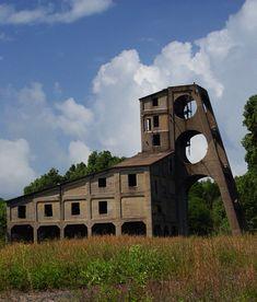 The Muddy Coal Mine Tipple: a stunning industrial ruin.