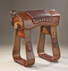 Killer saddle stand from Chuck's Woodbarn