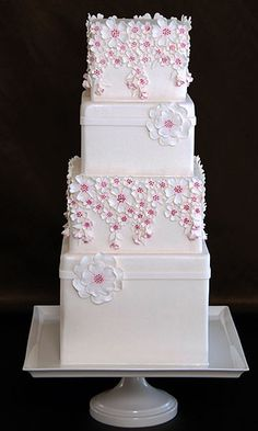 Tall Tiered Wedding Cake With Pretty Flowers Beautiful Wedding Cakes, Gorgeous Cakes, Pretty Cakes, Cute Cakes, Amazing Cakes, Square Wedding Cakes, Wedding Cake Designs, Square Cakes, Fondant Cakes