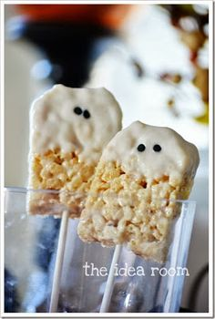 Buddy & Button: Tricks & Treats - Halloween food ideas for kids