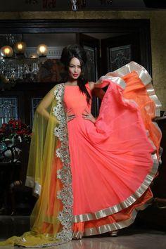 Bridal Wear Inspiration at Bridal Asia - Asian Wedding Ideas India Fashion, Ethnic Fashion, Asian Fashion, Women's Fashion, Fashion Trends, Pakistani Dresses, Indian Dresses, Indian Outfits, Indian Attire