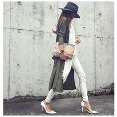 ユニクロデニムがスゴイ!@masamiiiisさんに学ぶ着こなし術 - Locari(ロカリ) Cardigan Fashion, Fashion Pants, Daily Fashion, Spring Fashion, Simple Style, My Style, Girl With Hat, White Denim, White Fashion