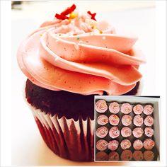 #redvelvetcupcakes |#strawberrycheesecakefrosting |#itsbakedbyjulitta