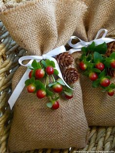 Top 10 DIY Christmas Gift-Wrapping Ideas - Top Inspired burlap bags
