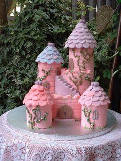 Castle Cake  on Cake Central