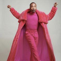 Billy Porter in pink Mr Turk Queer Fashion, Androgynous Fashion, Fashion Night, Pink Fashion, Fashion 2018, Fuchsia Outfit, Purple Dress, Mr Turk, Christian Siriano