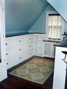 Love built-ins and this is just like my one room... I want a bench in front of the window though.