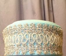 LADIES VINTAGE HAT WITH MATCHING GLOVES Pill Box Tiffany Blue Beautiful Vintage Hat Boxes, Vintage Luggage, Pill Boxes, Tiffany Blue, Gloves, Hats, Ebay, Beautiful, Tiffany Blue Color