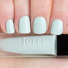 Color descriptionHint of mint soft focus (semi-matte) Julep nail polish is 5-free and vegan-friendly. We steer clear of formaldehyde, formaldehyde resin, toluene, DBP, camphor, and animal ingredients or byproducts.