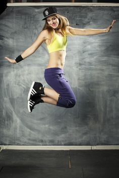BuildBrand - Pop Up Fitness Outlet Sale, Missy Confidential