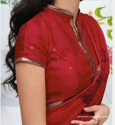 High Neck Blouse Designs - Trending 21 High Neck Designs In High neck blouse designs are all the rage in Bollywood starlets are sporting the latest and stylish high neck blouse patterns, socialites can't do without several options of the latest high n… Blouse Designs High Neck, Cotton Saree Blouse Designs, High Neck Blouse, Collar Blouse, Blouse Patterns, Ethnic Fashion, Indian Fashion, Designer Saree Blouses, Sari Bluse