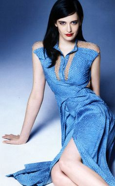 Eva Green being blue.