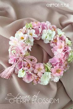 Birthday flowers arrangements shabby chic 62 ideas for 2019 Diy Spring Wreath, Diy Wreath, Door Wreaths, Flower Decorations, Diy Flowers, Shabby Chic Wreath, Corona Floral, Floral Chandelier, Flower Circle