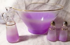 GLASS HOUND HEAVEN: Antique and Collectible Glassware - I Antique Online