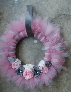 Shabby Chic TuTu Tulle Wreath Gray Grey and di pickypickypeacock, $70.00