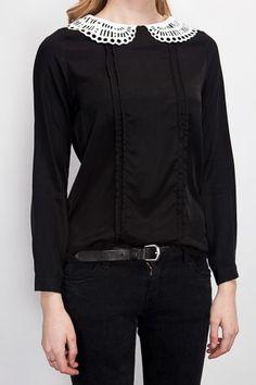 OLIVE - Black punching collar blouse