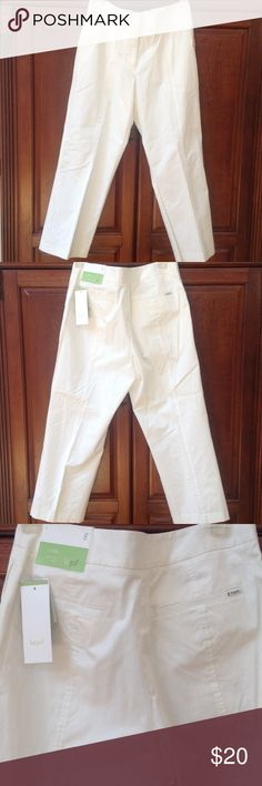Lizgolf  Pants NWT Lizgolf Audra sits at waist, cropped golf pants, size 8, cream in color, comfortable. Lizgolf Pants Ankle & Cropped