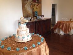 Cake and punch tables