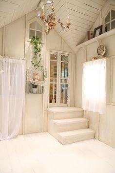 Small house(スモールハウス) | 写真撮影ルーム | happilyフォトスタジオ