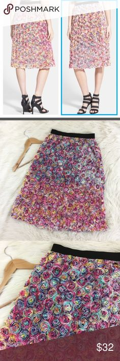 "🔥NWOT🔥Leith Soutache Floral Rainbow A-Line Skirt Leith floral soutache skirt size medium NWOT  • Multicolor/Rainbow in Pastel tones • High waisted • Stretchy black waist band • A-Line • Knee length • Lined • New without tags  Length: 28"" Waist flat: 13.5"" (stretchy)  📌NO lowball offers 📌NO modeling 📌NO trades  I will try to respond to inquiries in a timely matter. Please check out the rest of my closet, I have various brands and ALL different sizes. Some new with tags, others in…"