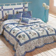 Album - Google+ Linen Bedroom, Bedroom Sets, Bedding Sets, Bedroom Decor, Embroidered Quilts, Applique Quilts, Bed Cover Design, Designer Bed Sheets, Shabby Chic Quilts