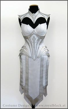 Suit of Armor Royal Black Couture & Corsetry Cool Costumes, Costumes For Women, Cosplay Costumes, Halloween Costumes, Mode Cyberpunk, Lady Like, Female Armor, Fantasy Costumes, Medieval Dress