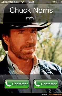 Cuando te llama Chuck Norris.