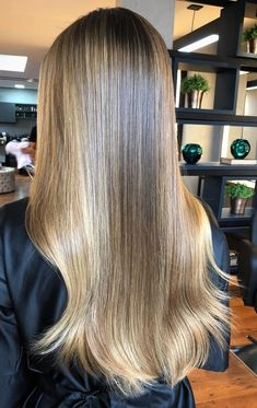 Chocolate Brown Hair Color, Brown Hair Colors, Hair Colours, Pretty Hairstyles, Straight Hairstyles, Braided Hairstyles, Natural Looking Highlights, Love Your Hair, Silky Hair