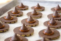 Cute and easy witch hat cookies