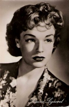 A beautiful portrait of French actress Simone Signoret. #vintage #celebrities #movies