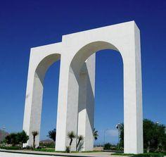 Los arcos ,la puerta de entrada al Mar de Cortez,hermoso Lugar donde se juntan las montañas,el desierto y el Mar ,un hermoso lugar paradisiaco ..........
