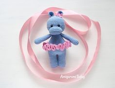 Mesmerizing Crochet an Amigurumi Rabbit Ideas. Lovely Crochet an Amigurumi Rabbit Ideas. Crochet Elephant Pattern, Crochet Hippo, Crochet Animals, Crochet Dolls, Free Crochet, Crochet Monkey, Beginner Crochet, Amigurumi Patterns, Crochet Patterns