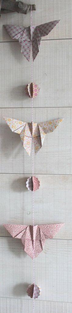 guirlande origami papillon Origami Garland, Origami And Kirigami, Origami Butterfly, Origami Art, Love Craft, Summer Of Love, Washi Tape, Diy Crafts, Pretty