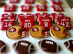 Sport Party Food Sugar Cookies 33 Ideas For 2020 Super Bowl Party, 49ers Birthday Party, Football Birthday, 49ers Cake, Super Bowl Essen, Football Cookies, Easy Party Food, Royal Icing Cookies, Football Sugar Cookies Royal Icing