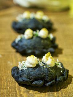 @Guisante Verde nos manda estas deliciosas empanadillas de sobrasada y miel de @Torralbenc, en Menorca