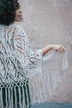 Unique Crochet, Knit Crochet, Crocheted Lace, Interweave Crochet, Crochet Classes, Crochet Projects, Long Fringes, Poncho, Clothes Crafts