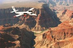 Save time and still see the amazing scenery of the Grand Canyon on this tour from Las Vegas. You'll fly over Nevada's incredible Hoover Dam and Lake Mead before seeing the magnificent Grand Canyon from your seat in an air-conditioned passenger plane. Grand Canyon West Rim, Las Vegas Grand Canyon, Grand Canyon Tours, Grand Canyon National Park, National Parks, Grand Caynon, Vegas New Years, Hoover Dam, Helicopter Tour