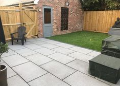 Granite paving provides the chic looks of sawn paving with ultra hard wearing. Our natural granite stone paving comes in a flamed finish to provide a flat surface with a light texture. We offer granite paving in a silver grey, and blue grey. Grey Paving, Granite Paving, Paving Slabs, Granite Stone, Granite Slab, Paving Stones, Outdoor Paving, Light Texture, Planting