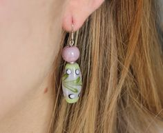 Original earrings in purple and green. MURANO CRYSTAL. Hippy hook. Sterling silver. Boucles d'oreille. ピアス
