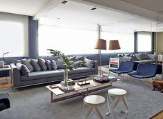 Sem divisões, apartamento é decorado com cores sóbrias - Casa e Jardim | Decoração