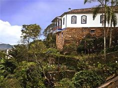 Elizabeth Bishops place in Brazil http://blogs-images.forbes.com/kenrapoza/files/2011/06/Bishop-house.jpg