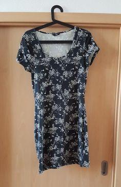 letní šaty - vinted.cz Blouse, Tops, Women, Fashion, Moda, Fashion Styles, Blouses, Fashion Illustrations, Woman Shirt