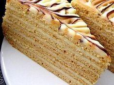 medovnik needs a translator :( Slovak Recipes, Austrian Recipes, Czech Recipes, Layered Desserts, Sweet Desserts, Sweet Recipes, Cake Recipes, Czech Desserts, Hungarian Desserts