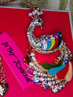 Betsy Johnson Necklace & Free gifts By PeleTani.